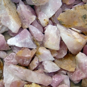 indian-rose-quartz