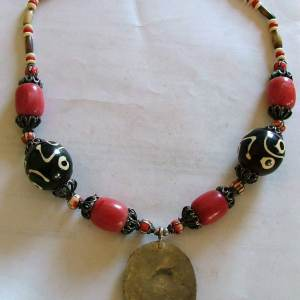 tribal_art_necklaces-2