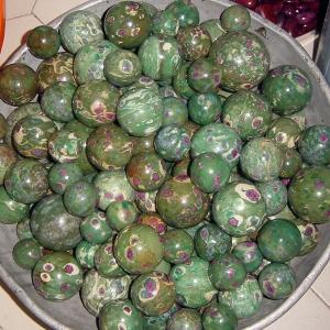 polished-spheres-12
